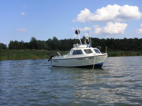 motorboot crescent han ulrike mieten deutschland ostsee greifswalder bodden charter motorboote. Black Bedroom Furniture Sets. Home Design Ideas