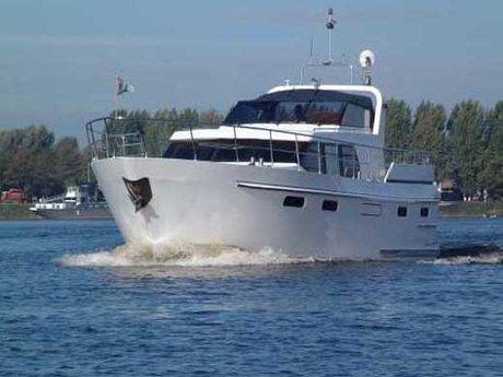 schiff chartern holland