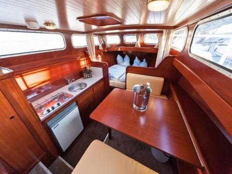 motorboot keser keser hollandia 1000c mieten deutschland binnengew sser m ritz elde charter. Black Bedroom Furniture Sets. Home Design Ideas