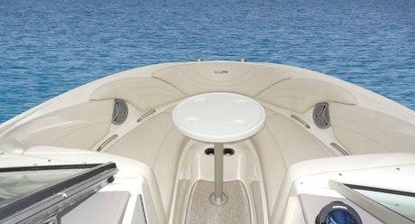 motorboot maxum 2200 sr mieten italien binnengew sser. Black Bedroom Furniture Sets. Home Design Ideas