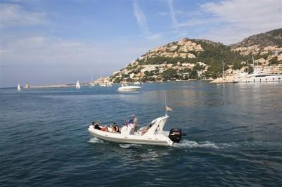 motorboot brig bella eagle 645 mieten spanien mittelmeer mallorca charter motorboote chartern. Black Bedroom Furniture Sets. Home Design Ideas