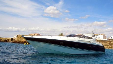 motorboot sunseeker 55 camargue mieten spanien mittelmeer mallorca charter motorboote chartern. Black Bedroom Furniture Sets. Home Design Ideas