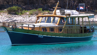 "Classic-Adria CA-Holz-Motor-Yacht ""TIHO"""