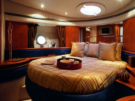 motorboot azimut 50 mieten italien mittelmeer italienische. Black Bedroom Furniture Sets. Home Design Ideas