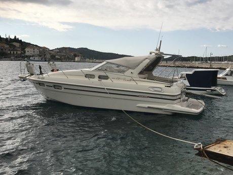 bateau a moteur sealine