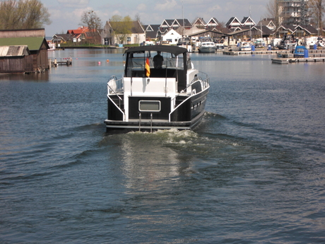 "Müritz-Yacht-Management M-Retro ""Black Lady"""